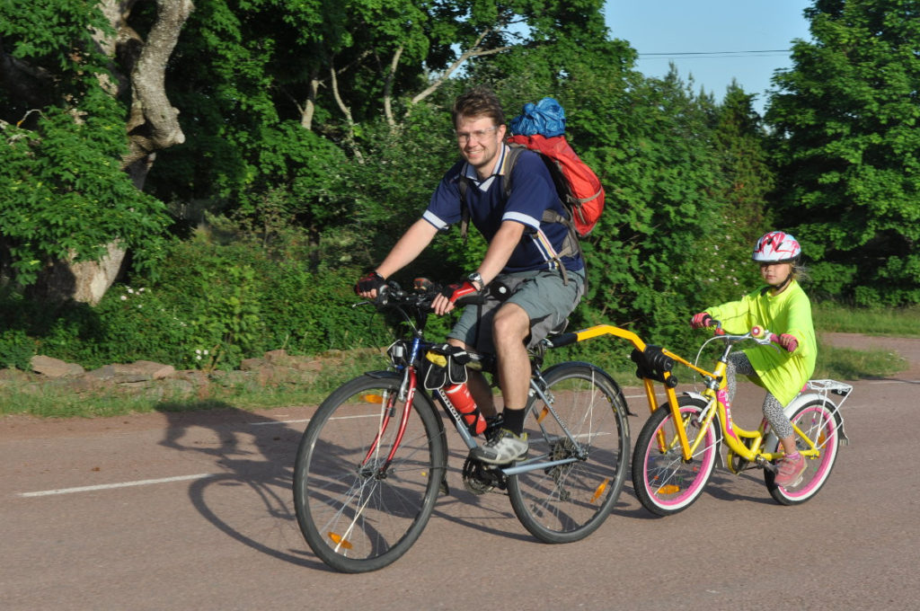 Где кататься ребёнку на велосипеде
